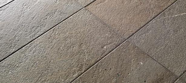materiali per ristrutturare casa, piastrelle.