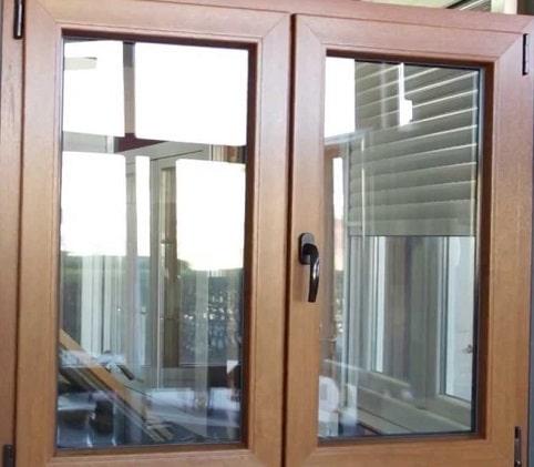infissi: finestra in legno.