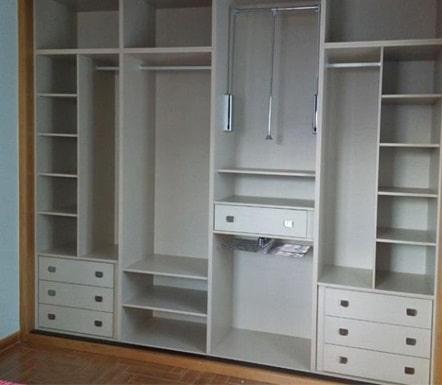 armadi su misura: cabina armadio a vista.