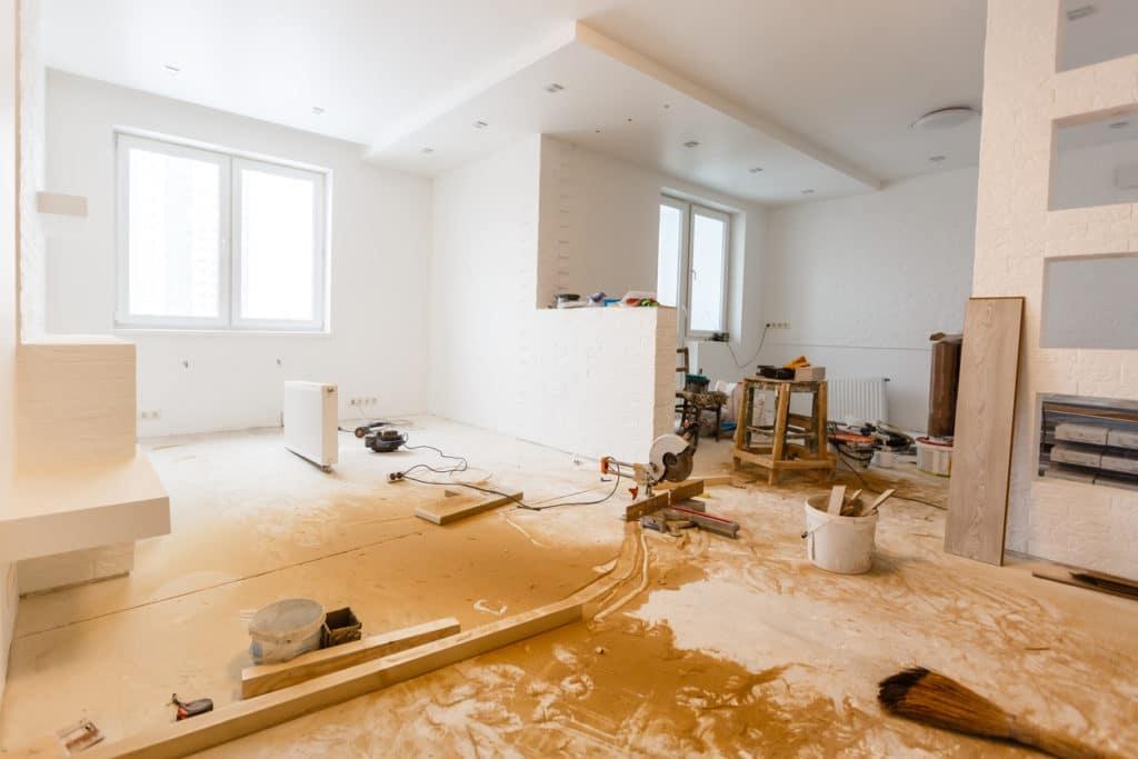 Prima di ristrutturare casa bisogna fare il punto su una serie di questioni.