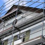 Ristrutturare casa senza permessi: è possibile?
