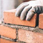 Come ristrutturare casa da soli: consigli per non fare il passo più lungo della gamba