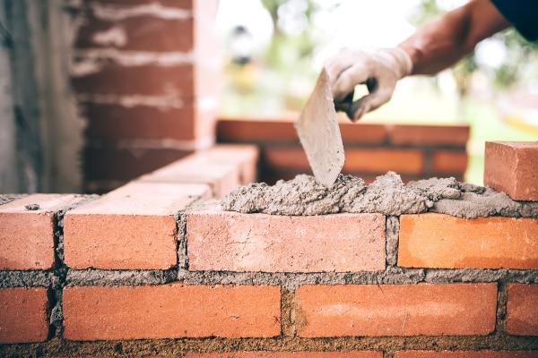 Come ristrutturare casa da soli: la realizzazione di una parete.