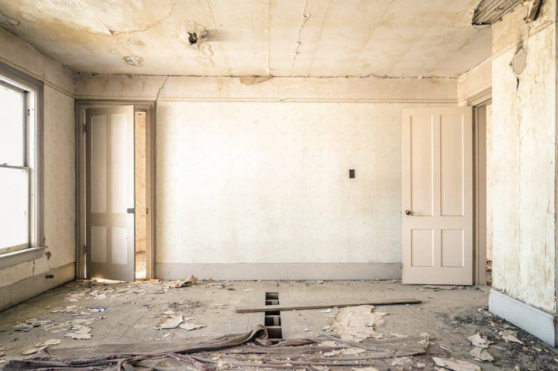 Ristrutturare casa con 15000 euro permette alcuni interventi di tipo strutturale.