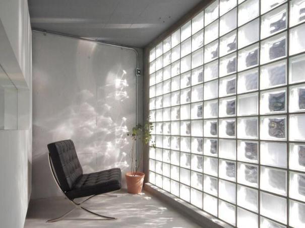 Una guida su come illuminare un ambiente senza finestre.