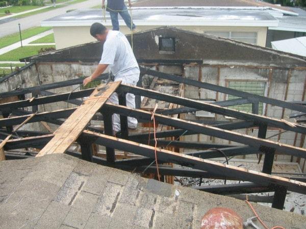 Ristrutturare casa e tetto.