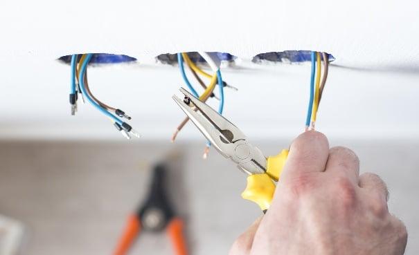 Indicazioni su come intervenire sull'impianto elettrico in caso di ristrutturazioni edilizie.